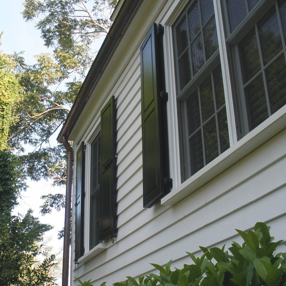 How to Choose the best Exterior Shutter Material for Home?