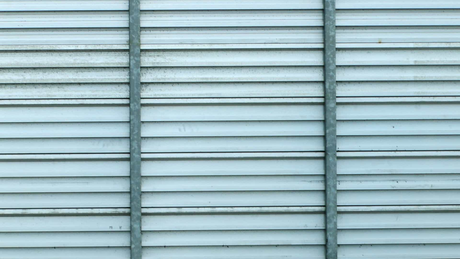 6 ways to Maintain Your Aluminum Shutters