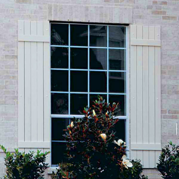 6 Best Tips to Keep Your Exterior Shutters Gleaming